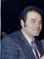 Πέθανε ο Γιάννης Σπυριάδης