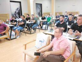 Μεγάλη συμμετοχή στην ενημερωτική ημερίδα του Συνδέσμου Υδραυλικών νομού Τρικάλων